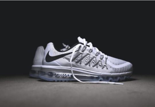 plus récent a0b22 0c738 Nouvelle année, nouvelle Nike Air Max 2016 – Sneakers Empreinte